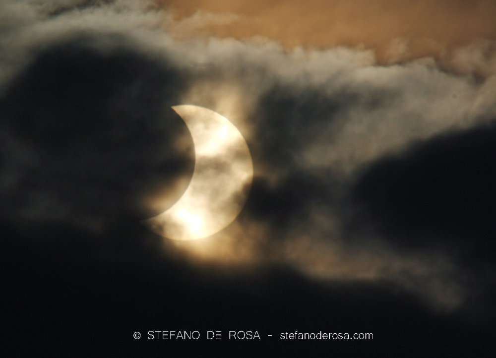 Partial Solar Eclipse - Stefano De Rosa -1