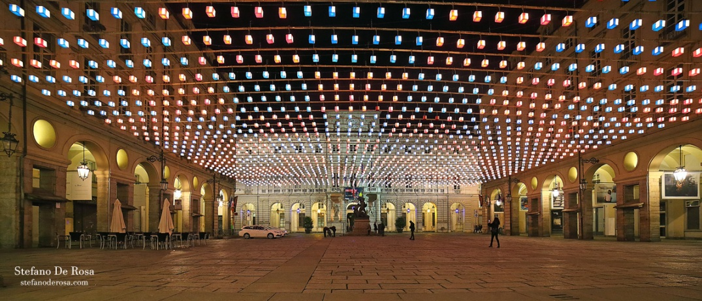 Piazza Palazzo di Città e tappeto volante